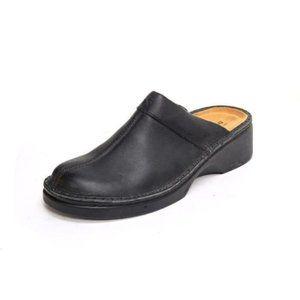 NWOB NAOT darma mules shoes slides leather black